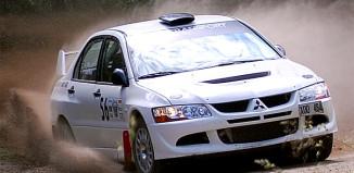 Patrik Åkerman leder Svenska Rallycupen efter Västrallyt
