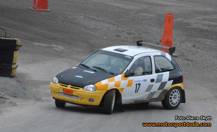 161106-rally-xplosion-4