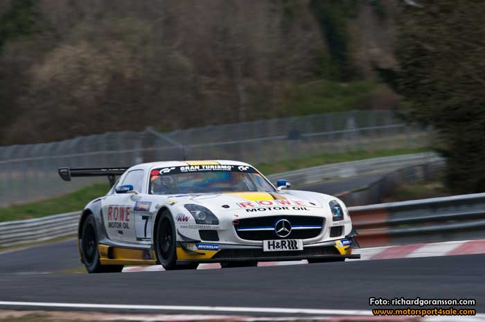 Dramatiskt test på Nürburgring för Richard Göransson