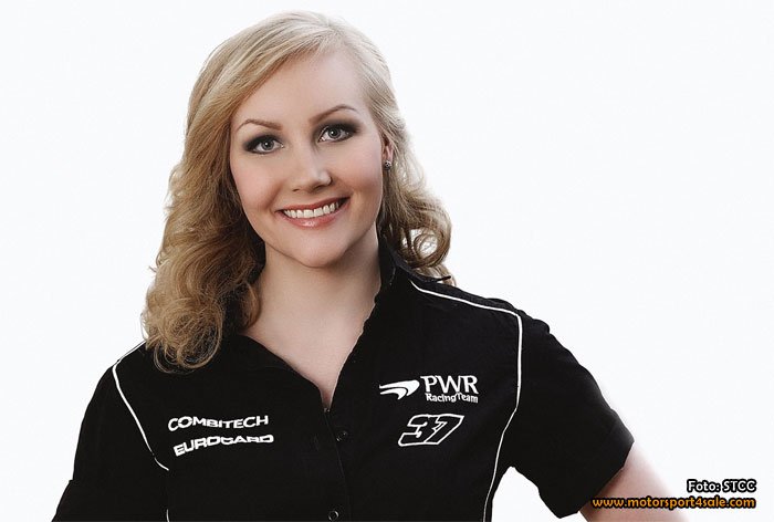 Finska Emma Kimiläinen kör STCC för PWR Racing Team
