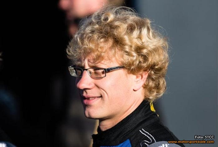 Fredrik Larsson kör för WestCoast Racing i STCC