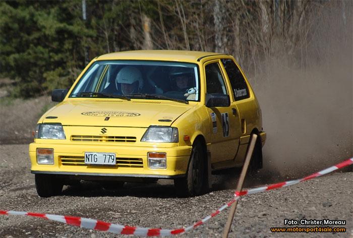 14 ekipage i 1300 Rallycup körde Zabra-rallyt