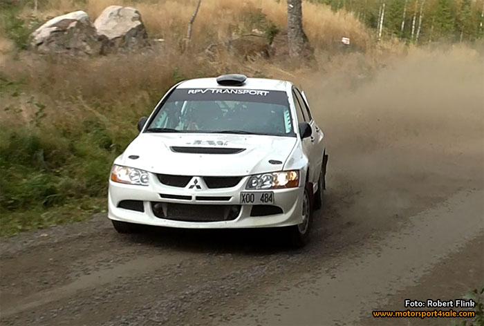 Patrik Åkerman utökade ledningen i Svenska Rallycupen efter Rejmesvängen