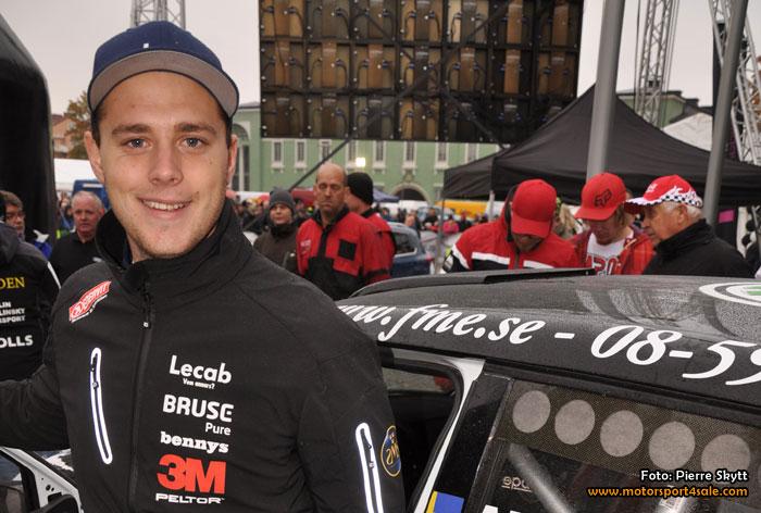 Fredrik Åhlin kör SM-finalen i en Ford Fiesta WRC2