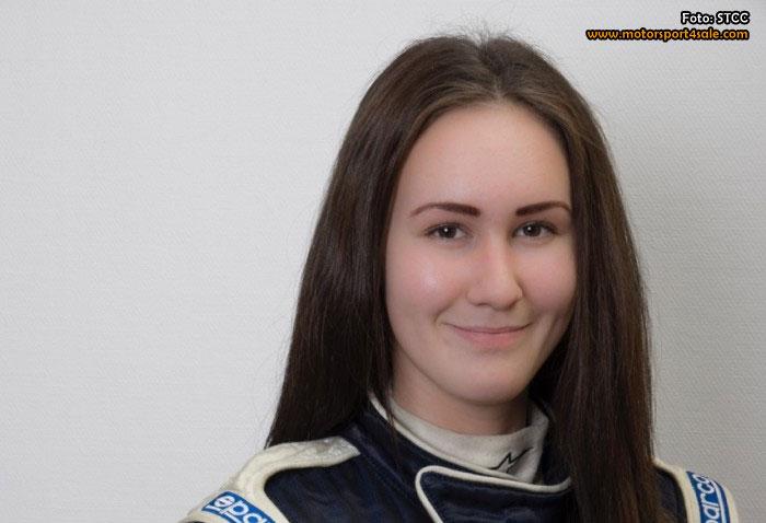Emelie Liljeström kör minst 3 STCC-race för KIA