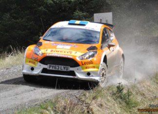 Fredrik Åhlin som vann Pirelli Carlisle Rally