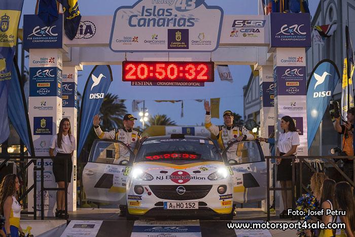 Elias Lundberg med Co-driver David Arhusiander i Rally Islas Canarias